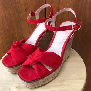 H&M red wedge